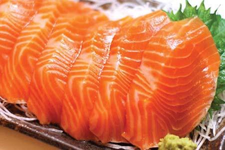 ăn cá hồi tăng chiều cao tuổi dậy thì
