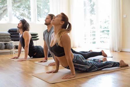 yoga tăng chiều cao tuổi 23