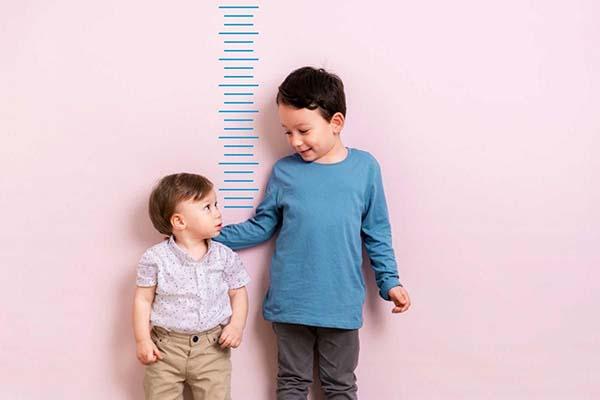 những giai đoạn tăng trưởng chiều cao vượt bậc của trẻ