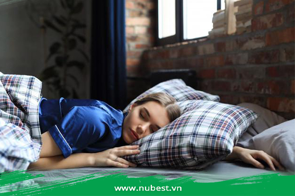 Đi ngủ sớm giúp tăng chiều cao sau tuổi dậy thì
