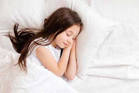 ngủ sớm giúp tăng chiều cao cho trẻ từ 4 đến 8 tuổi