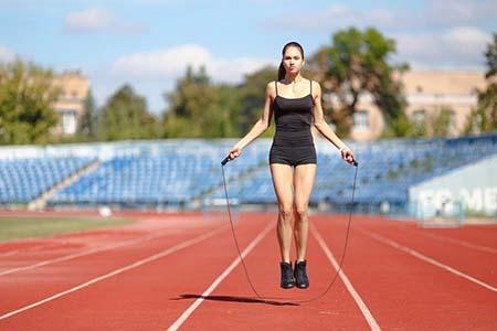 nhảy dây giúp giảm cân tăng chiều cao