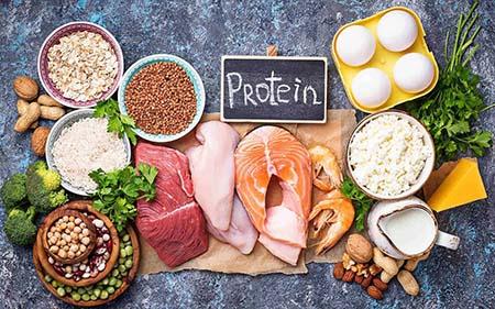 ăn  thực phẩm chứa nhiều protein giúp tăng chiều cao cho trẻ 13-18 tuổi