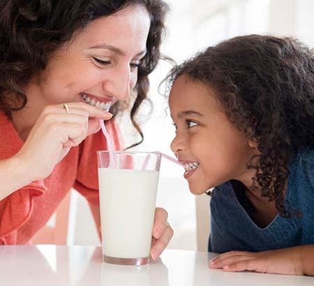 uống sữa mỗi ngày phương pháp tăng chiều cao đến 40 tuổi