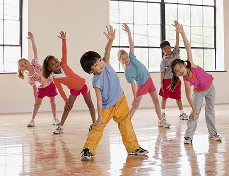 vận động tăng chiều cao cho trẻ